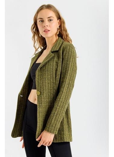 Jument Kadın Çizgi Desenli Kışlık Uzun Kaşe Ceket-Bordo Çizgi Hardal